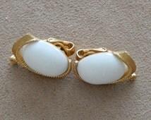 Vintage Trifari Clip On White Earrings