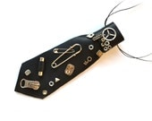 Unisex, Man Nectkie, steampunk. OOAK. Handmade, appliqued, natural leather, eccentric accessory, necktie-jewelry, Emo, Goth style, jewelry