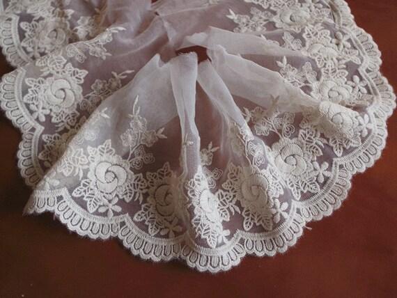 cream lace backgroundseriano rose - photo #3