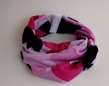 Baby Infinity Scarf Bib in Pink Hearts, Hipster Style Baby Bib, Jersey Knit Fabric and Plastic Snaps, Babies and Toddlers