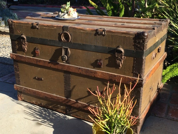 Xl Steamer Trunk Coffee Table Antique Trunk Coffee Table