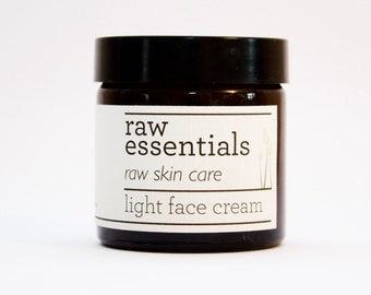 Light face cream for combination skin