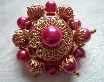 Vintage Unsigned Goldtone/Pink Beaded Flower Brooch/Pin