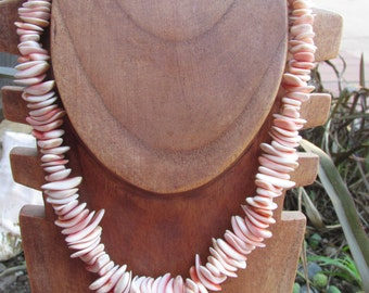 Sea Shell Necklace Pinkish Color Wood beads