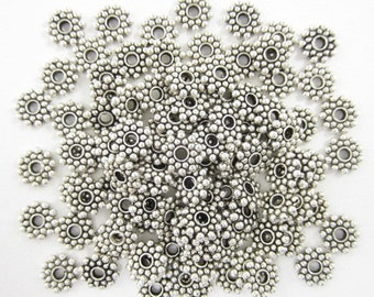 100pcs 8mm Round Daisy Spacer Silver Plated (F1610)