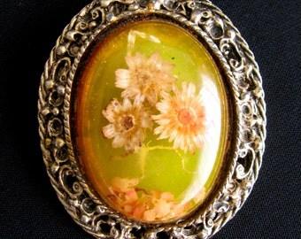 Vintage Dried Flowers Brooch, Resin Jewelry, Dried Flowers Jewelry, Victorian Brooch