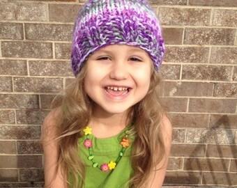Purple swirl knitted hat (0-3 mos)