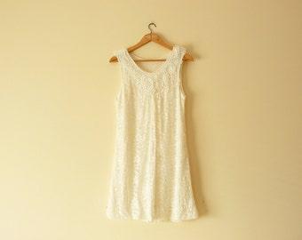 White summer dress. Womens summer dress. Floral dress