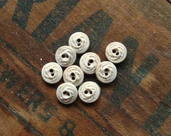 Lacy Porcelain Button Set