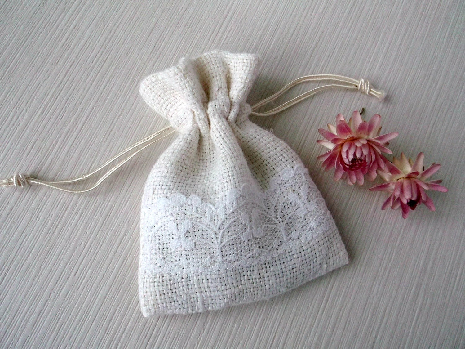 Small Wedding Favor Bags Fabric Jewelry Pouch By