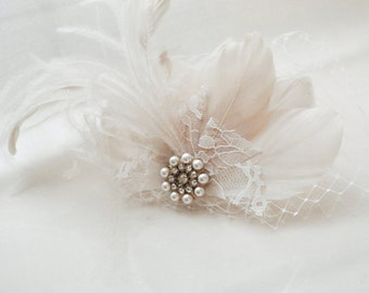 Feather Bridal Fascinator, Ivory Bridal Hairpiece, Statement Feather Fascinator