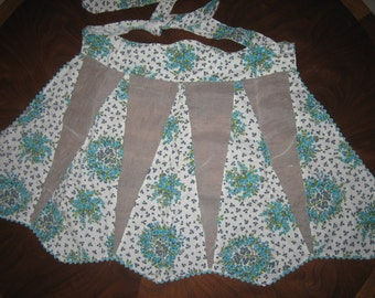 Vintage Handmade Apron - Turqouise Floral w/ Ric-Rac BEAUTIFUL, New, Never used condition