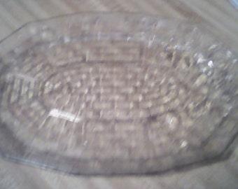 basket pattern serving platter