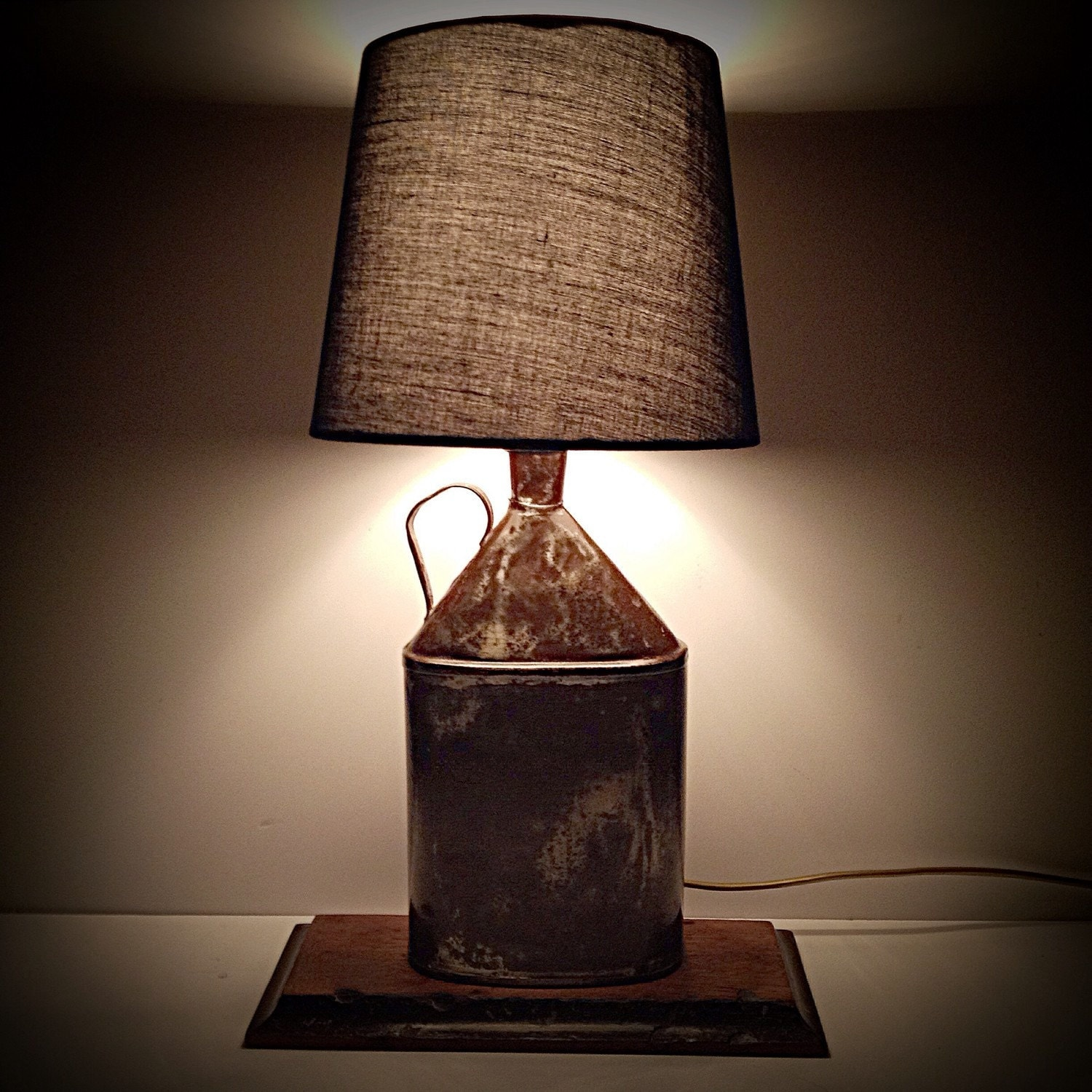 Vintage oil can table lamp