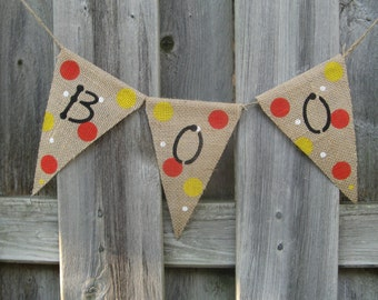 Halloween decor, BOO Burlap Halloween Banner, Halloween party decor, Hand painted / stenciled burlap banner for your Halloween decorating