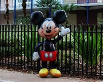 Mickey Mouse Walker character party decoration