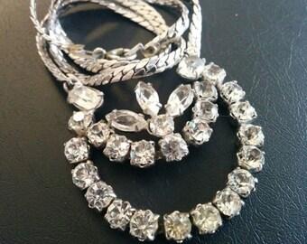 """Vtg Three Leaf Rhinestone Necklace 16"""""""