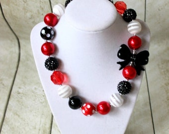 Christmas chunky bubblegum necklace. Girls red black and white beaded necklace for toddler girl. Birthday Mickey Mouse Disney Holiday Formal