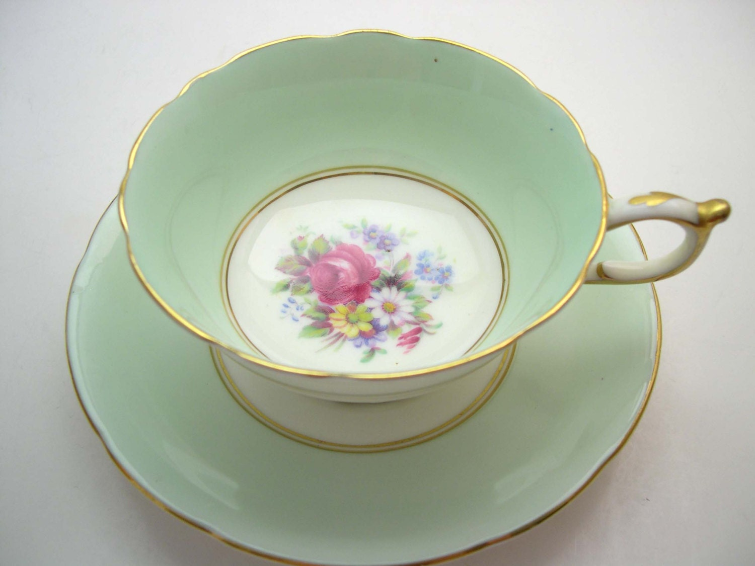 paragon tea cup and saucer mint green tea cup and saucer. Black Bedroom Furniture Sets. Home Design Ideas