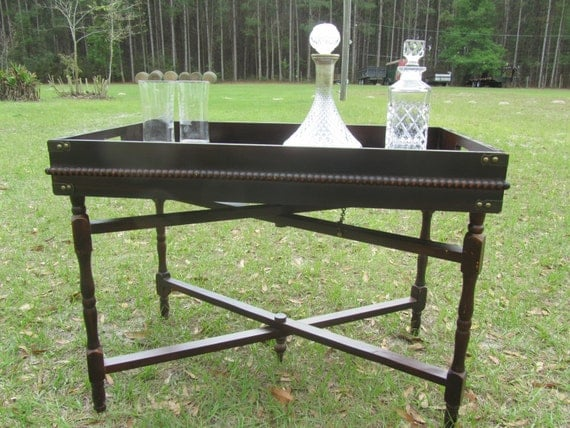 butler tray stand serving tray solid wood tray table modern. Black Bedroom Furniture Sets. Home Design Ideas