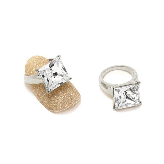 2 Pcs Square Diamond Ring Silver Metallic Nail Charm