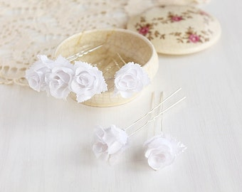 Rose Buds Hair Pins, White Bridal Clips, Silk Rose Bobby Pins, Wedding Hair Pins, Bridesmaid Hair Pins, Bridal Hair Pins, Rose Hair Clips