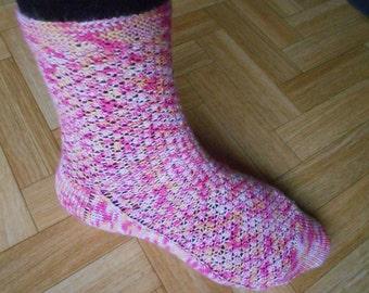 Socks knitting pattern - Raspberry socks - Lady socks tutorial - Knit socks pdf instant download - Cuff down / heel flap / wide toe