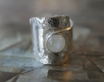 Handmade Sterling silver Reticulated Overlap Ring With Moonstone