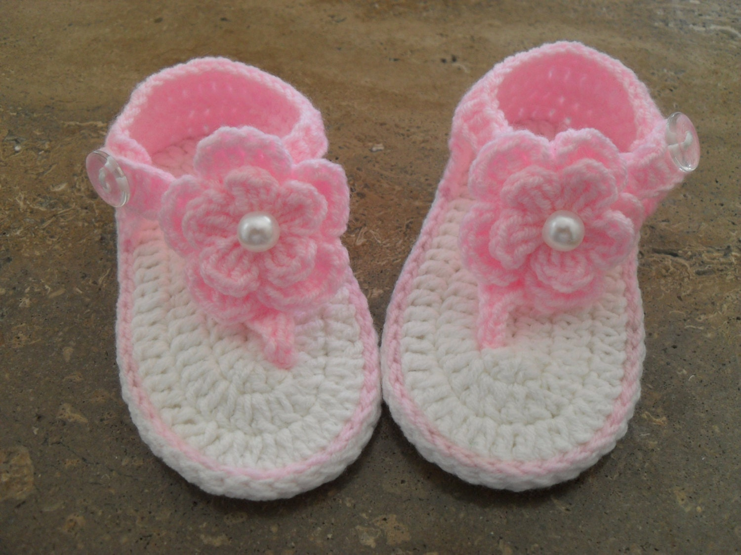 Shop baby girl flip flops at dnxvvyut.ml Visit Carter's and buy quality kids, toddlers, and baby clothes from a trusted name in children's apparel.