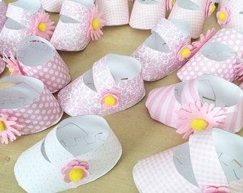 Paper Booties for Baby Shower Favors! Also available in blue prints