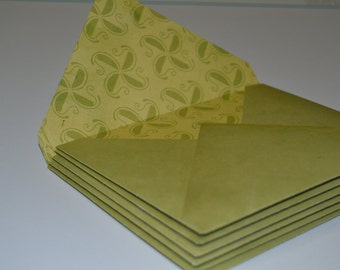 Set of 6 Green Envelopes with White Note Cards
