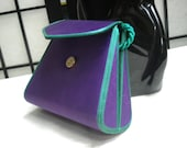 PURPLE EVENING BAG silk, small with green piping and shoulder chord. Tianguis.
