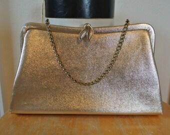 1960s Gold Lame Clutch Ornate Clasp Formal Cocktail Handbag