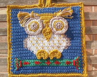 Ollie the Owl Christmas potholder