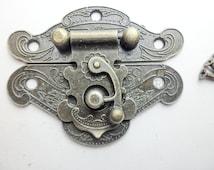 66mm x 54mm BIG vintage cabochon Angel wings bronze Jewelry Box Staple Hasp Catch / jewelry box latch / small box hardware LC0064