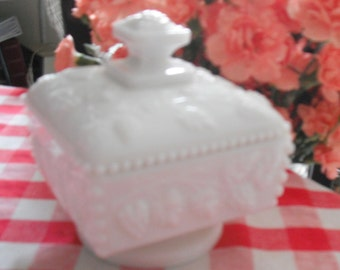 MILKGLASS Covered CANDY DISH  - Beautiful Collectible from the Sixties/Seventies - Grapes Design - Bridal Gift