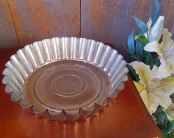 Baking Tin , Vintage French , Professional Patisserie Mold , Scalloped Cake Tin , Oven Baking Tray , Flan & Patisseries Mold , Oh So French