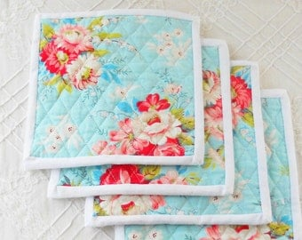Cottage Style Quilted Mug Rugs, Set of 4 , Quilted Coasters, Reversible, Table Mats, Shabby Chic