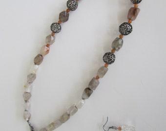 Gray Quartz Necklace Set