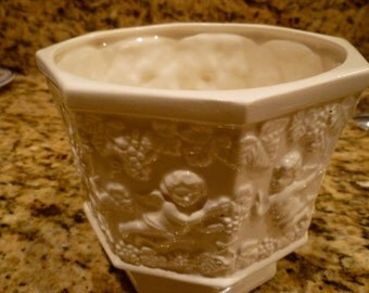 Renaissance by Lefton, Cherubs Grapes White Planter  Shabby Cottage Wedding~Angels