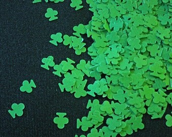 solvent-resistant glitter shapes-spring green clovers