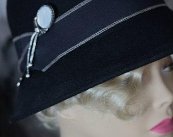 Elegant and Feminine Ermani Bulatti Hat Pin