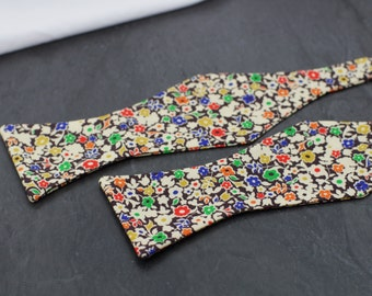 Handmade bow tie Liberty of London colorful floral self tie freestyle classic pattern cotton bowtie