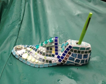 Mosaic Shoe Form