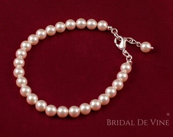 Lovely Wedding  Bracelet made with Swarovski Pearls