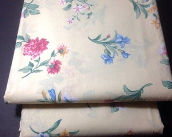 Vintage bed sheets Twin flat and fitted sheets Reclaimed bed linens Multi colored floral Cottage sty le  bedding French country sheets