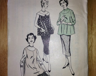 """Blackmore Maternity Smock/Bouse Sewing Pattern, 36"""" Bust"""