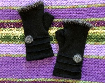 Black cashmere fingerless gloves / wrist warmers with flowers / Valentine's gift