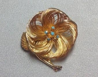 Vintage Fine Wire Formed Round Gold Tone Metal Flower Stem Leaf Brooch Pin Blue Center