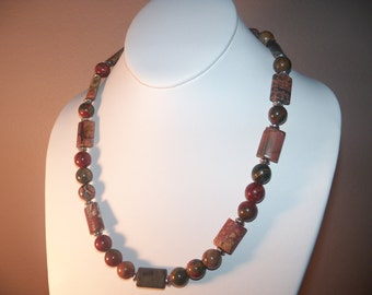 A Beautiful Natural Picasso Jasper Gemstone Necklace and Earrings. (2014129)